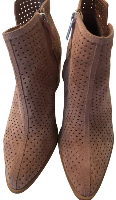 Item - Pink Pointy- Boots/Booties Size US 8 Regular (M, B)