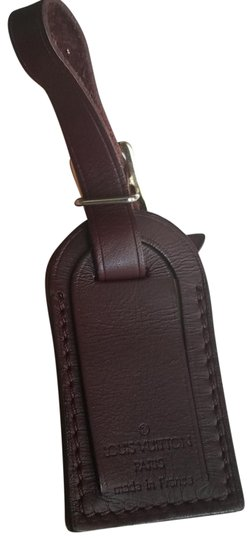 Preload https://img-static.tradesy.com/item/25879932/louis-vuitton-brown-luggage-id-tag-for-damier-ebene-pm-0-1-540-540.jpg