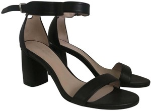 Stuart Weitzman Summer Leather Cute Black Sandals