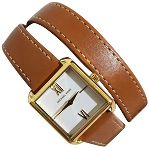Michael Kors NEW Women's Lake Two-Hand Brown Leather Watch MK2760