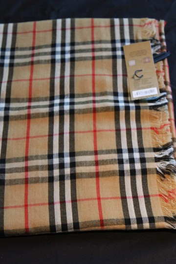 Burberry AUTHENTIC NEW Vintage Check Lightweight Cashmere Scarf Image 10