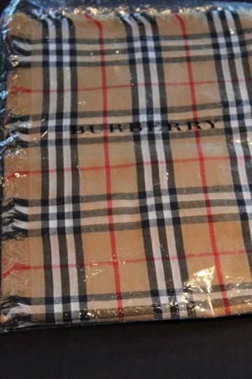 Burberry AUTHENTIC NEW Vintage Check Lightweight Cashmere Scarf Image 9