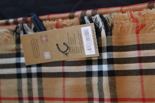 Burberry AUTHENTIC NEW Vintage Check Lightweight Cashmere Scarf Image 7