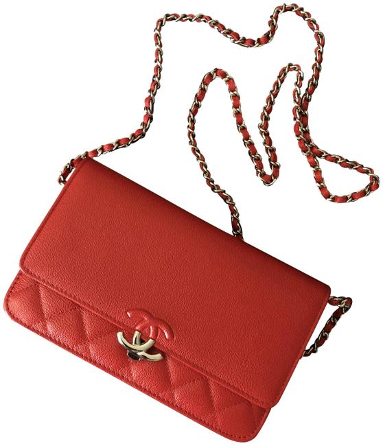 Item - Wallet on Chain Half Grained Cc Silver Hardware Woc Red Calfskin Leather Cross Body Bag