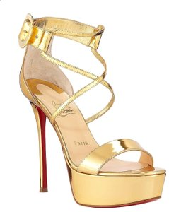 c8bdc6cf200 Christian Louboutin on Sale - Up to 70% off at Tradesy