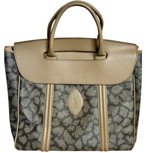 Saint Laurent Satchel in Giraffe Pattern
