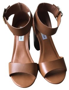 Steve Madden cognac (light brown) Sandals