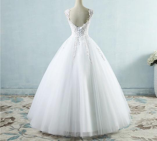 White Ivory Tulle with Pearls. 2-26w Or Customized Formal Wedding Dress Size OS (one size) Image 2
