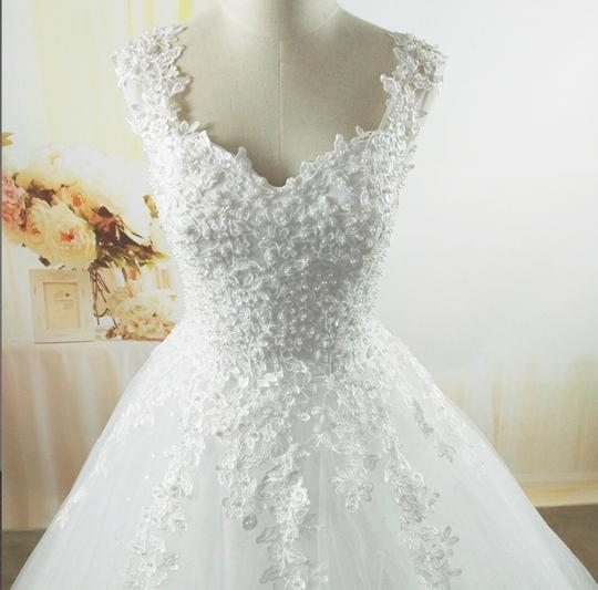 White Ivory Tulle with Pearls. 2-26w Or Customized Formal Wedding Dress Size OS (one size) Image 3