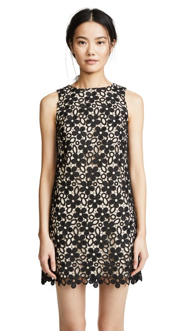 Preload https://img-static.tradesy.com/item/25884941/alice-olivia-black-clyde-beige-lace-sleeveless-zip-shift-short-cocktail-dress-size-6-s-0-0-650-650.jpg