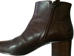 Chanel Leather burgundy/brown Boots