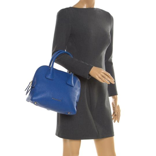 Burberry Leather Pebbled Satchel in Blue Image 2