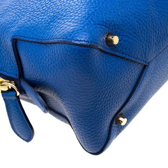 Burberry Leather Pebbled Satchel in Blue Image 7