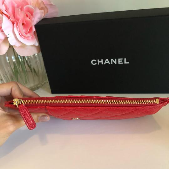 Chanel NEW Chanel Phone Case Pouch Leather Caviar Red Gold 19B Image 3