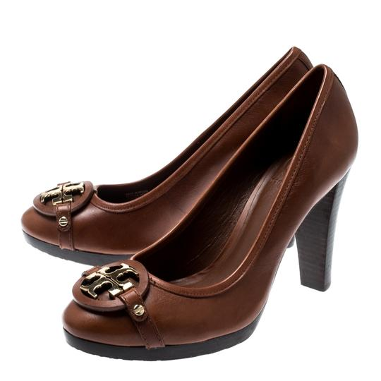 Tory Burch Leather Brown Pumps Image 4