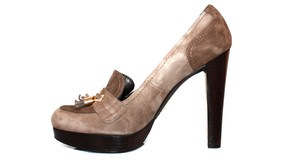 Stuart Weitzman Light Brown Pumps