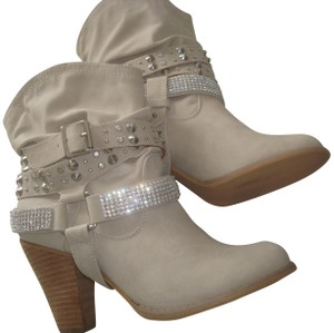 Not Rated Beige w/beads Boots