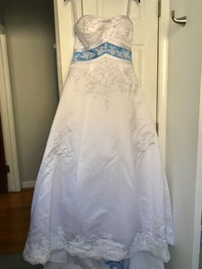 Alfred Angelo White Baby Blue Peekaboo Formal Wedding Dress Size 10 (M)