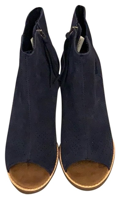 Item - Blue Majorca Boots/Booties Size US 7 Regular (M, B)