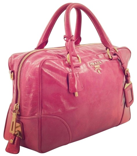 Preload https://img-static.tradesy.com/item/25889544/prada-bauletto-vitello-shine-medium-pink-leather-satchel-0-1-540-540.jpg