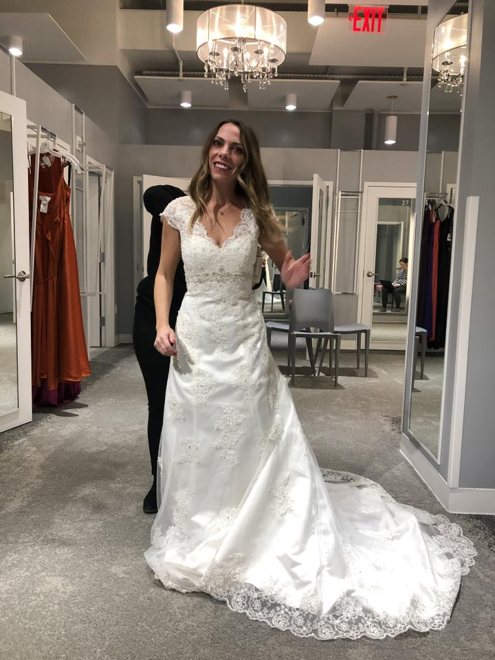 Davids Bridal Ivory Lace And Satin W Cap Sleeve Over Gown Illusion Style T32 Item 1003315 Feminine Wedding Dress Size 2 Xs 38 Off Retail