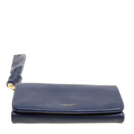 Tory Burch Navy Blue Leather Beau Wristlet Image 4