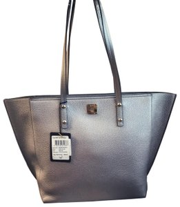 MCM Tote in Spike Silver