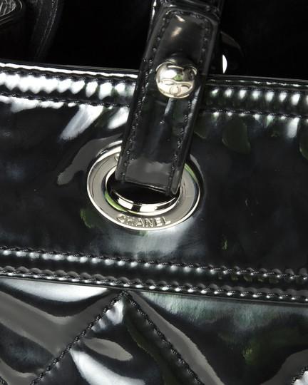 Chanel Tote in black Image 8