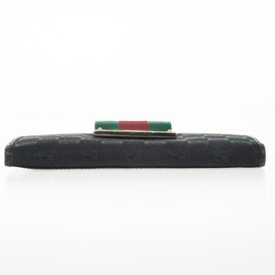 Gucci Black Continental Wallet With Engraved Gucci Script Logo Image 3