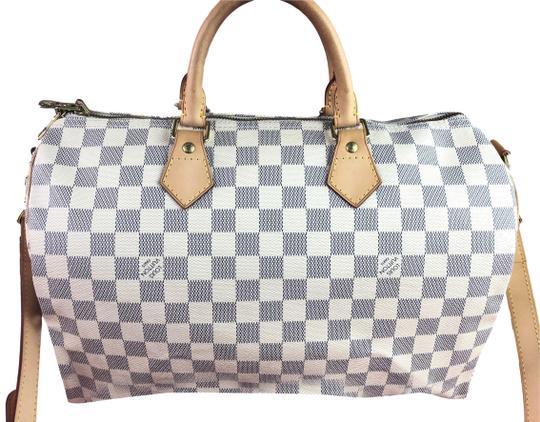 Preload https://img-static.tradesy.com/item/25892002/louis-vuitton-speedy-35-bandouliere-monogram-white-canvas-cross-body-bag-0-1-540-540.jpg
