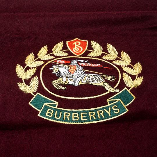 Burberry Burberry Burgundy Cashmere Logo Crest-Embroidered Scarf Image 4