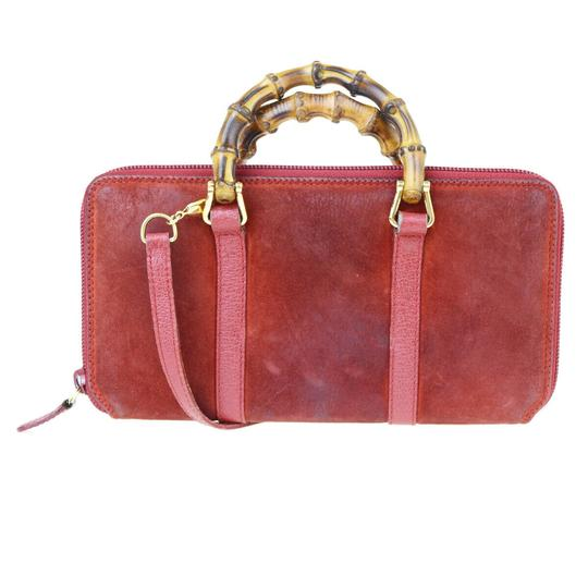 Preload https://img-static.tradesy.com/item/25892224/gucci-red-bamboo-long-zipper-shoulder-hand-bag-suede-leather-wallet-0-0-540-540.jpg
