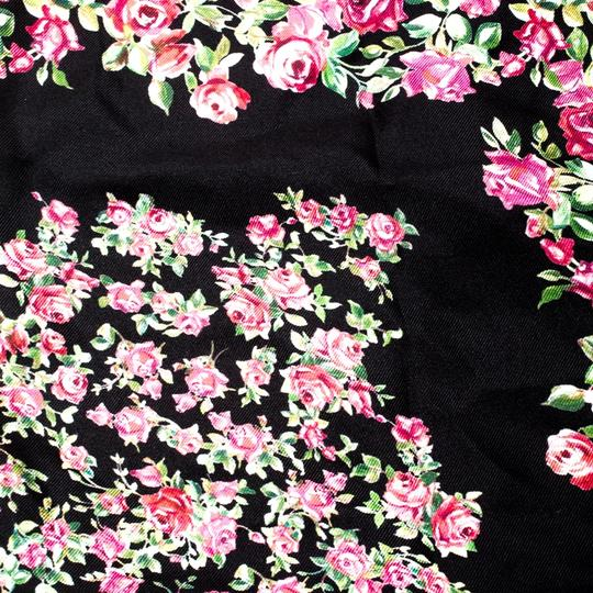Dolce&Gabbana Dolce and Gabbana Black and Pink Rose Printed Silk Square Scarf Image 4