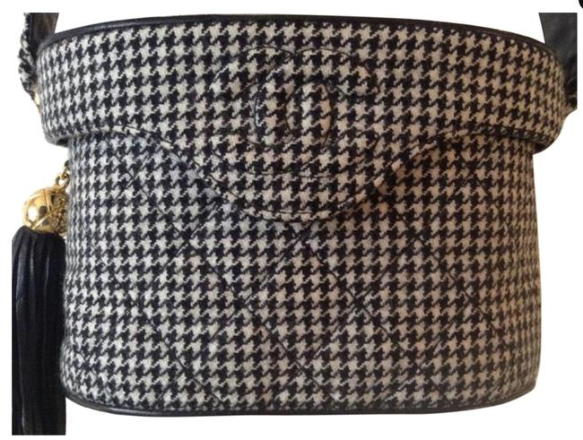 Item - Vanity Case Very Rare Vintage 1990's Houndstooth Black and White Wool Canvas Cross Body Bag