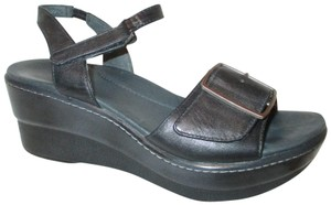 Dansko Platform Wedge Leather Adjustable Onm001 black Sandals