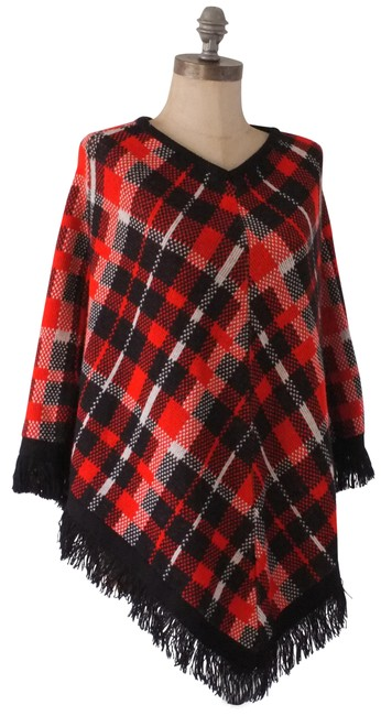 Item - Red and Black Plaid with Fringe Poncho/Cape Size OS (one size)