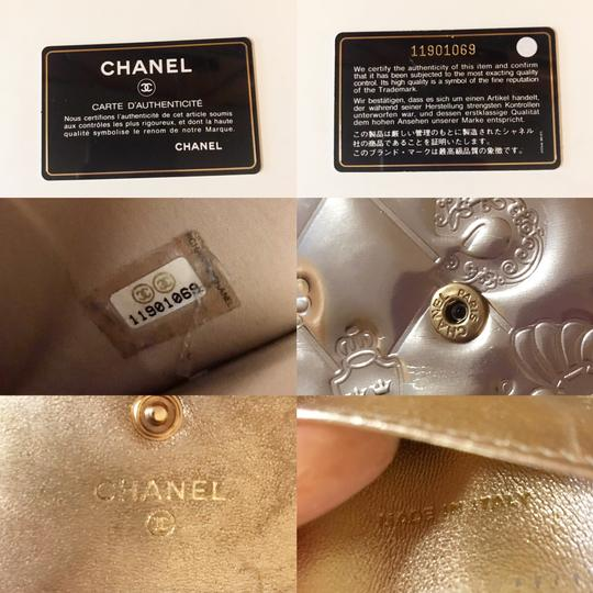 Chanel Rare Metallic Champagne Gold Patent Leather Compact Wallet Image 11