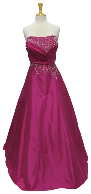 Item - Fuchsia 3956 /Mystique Long Formal Dress Size 20 (Plus 1x)