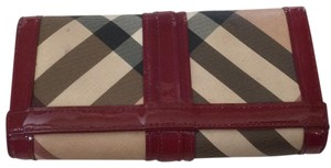Burberry Burberry Giant Check and Cherry Wallet