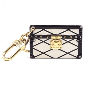 Louis Vuitton RARE Calf leather Petite Malle monogram LV quilted print key charm