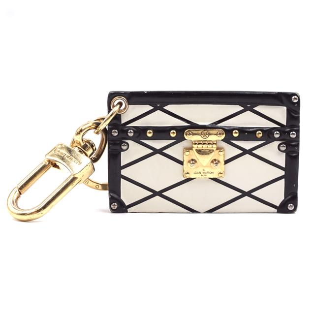 Item - #31995 Black White Petite Malle Rare Calf Leather Monogram Lv Quilted Print Key Charm