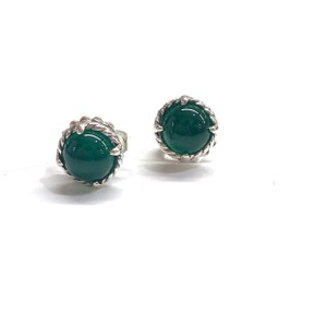 David Yurman GORGEOUS!! LIKE NEW CONDITION!! David Yurman Green Onyx Earrings
