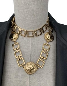 Versace Vintage Gianni Versace Medusa Head Medallion Logo Gold Metal Chain Link High Waisted Waist Charm Belt Buckle Jewelry Baroque Ornate Necklace