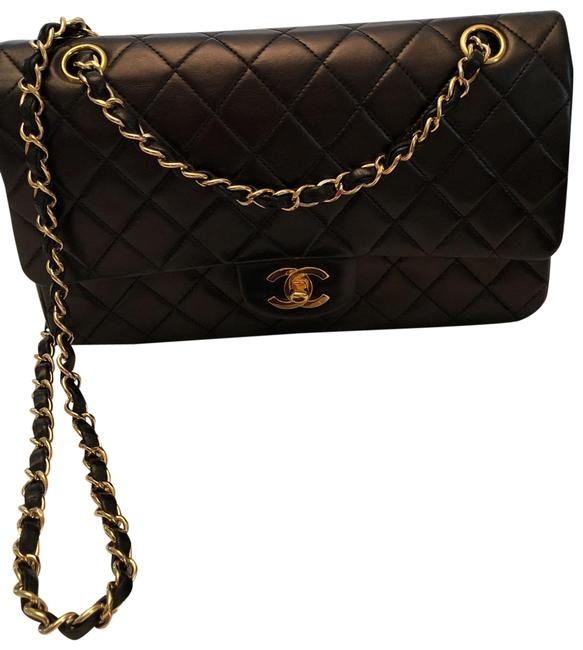 Item - Box Classic Chain Rarely Use Kept In Duffel and In Box. Also Comes with Card. Black / Gold Hardware Lambskin Leather Shoulder Bag