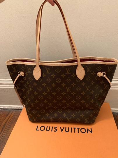 Louis Vuitton Monogram Luxury Leather European Gold Hardware Tote in brown Image 1