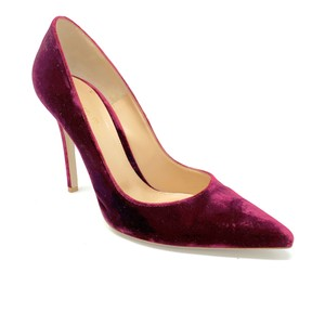 Gianvito Rossi Burgundy Pumps