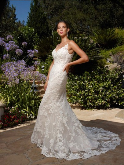 Preload https://img-static.tradesy.com/item/25897063/casablanca-white-lace-satin-sexy-wedding-dress-size-6-s-0-0-540-540.jpg