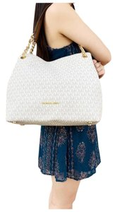 Michael Kors Womens Chain Shoulder Tote in Vanilla