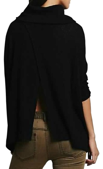 Preload https://img-static.tradesy.com/item/25897072/free-people-fp-beach-world-traveler-cowlneck-black-sweater-0-2-650-650.jpg
