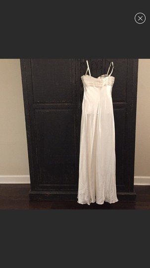 Laundry by Shelli Segal Ivory Silk Modern Wedding Dress Size 4 (S) Image 2